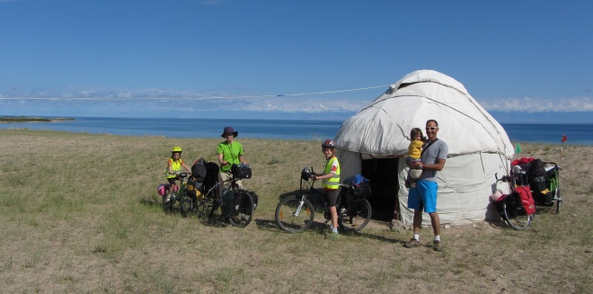 famille_kirghyzstan_2013