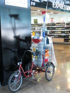 Vélo-ménage à l'aéroport de Madrid