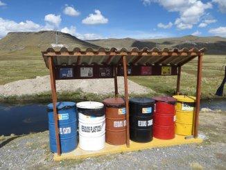 On ne trouve jamais une seule poubelle nulle part pour nos déchets, mais aujourd'hui, on a droit au tri des ordures !