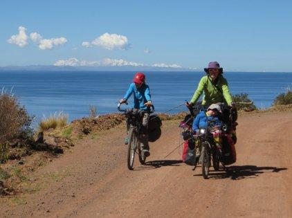 La Cordillère Royale, en Bolivie, en toile de fond