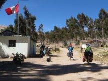 Poste frontière péruvien, à la sortie de Tilali