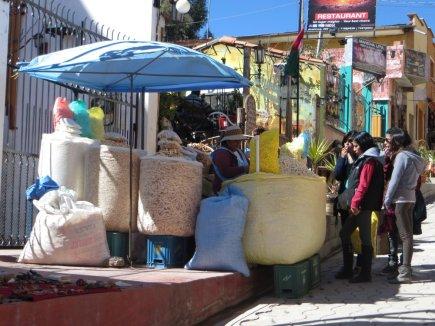 Des énormes Pop-Corns, qu'on achète par grands sacs