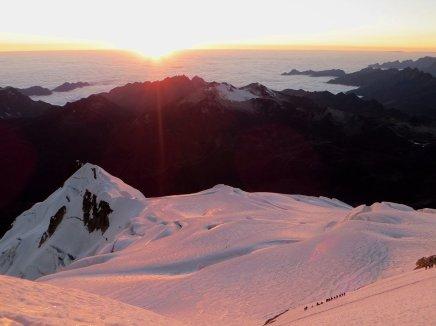 Lever soleil depuis le sommet