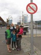 Nous sommes interdits de vélo !