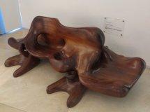 Les fauteuils du musée : de superbes scutptures de bois