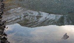 Reflet du Pic des Têtes dans le lac du Lauseron