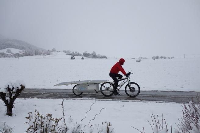 Vélo solaire en plein blizzard, le 1er mai 2016 !