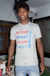 T-shirt de circonstance lors de la soirée de chants improvisée des motards indiens