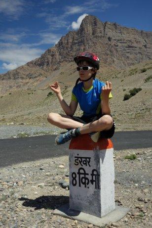 Enfant zen sur les routes du Spiti