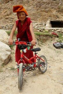 Le vélo de Titouan aux couleurs monastiques