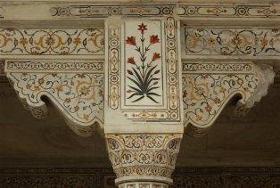 Le Fort d'Agra - Détail des incrustations de pierres semi-précieuses