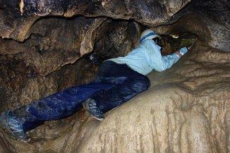 Grotte de l'Ours - Gaspard a trouvé le passage !