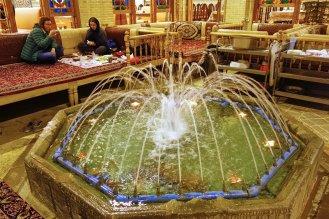 Joli resto sur la place de l'Imam