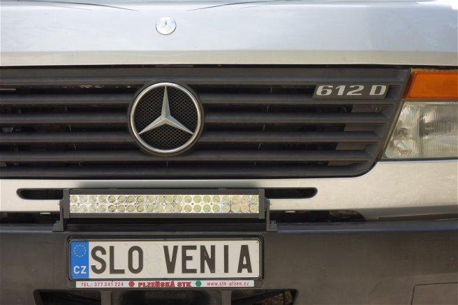 Camion d'un tchèque fan de Slovénie !