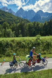 Amandine, Taïa et Luis, sous le Spik, Slovénie