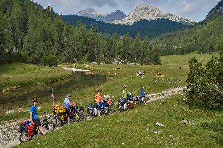 Lago di Fanes, DOlomites italiennes : image TROMPEUSE, car ce sont les seuls 100 m roulants durant 2 JOURS !!!
