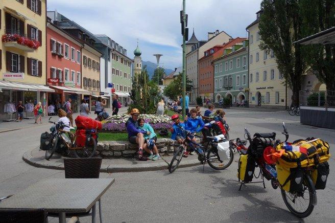 Glaces sur une place de Lienz