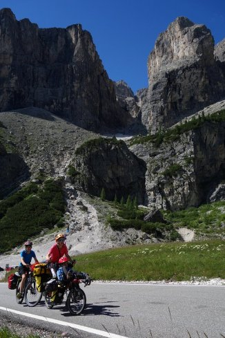 Montée du Passo Gardena