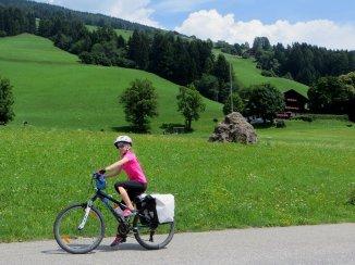 Adèle sur le vélo d'Adélie