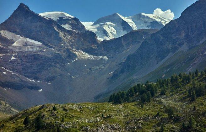 Berninapass, vue sur les glaciers de la Bernina