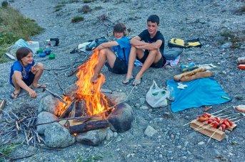 Au bord du lac du camping de Morteratsch