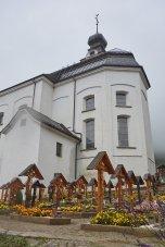 Les églises blanches de la vallée des Conches