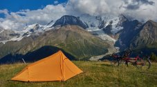 Bivouac au Prarion, face au Mont-Blanc