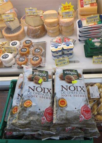 Ca alors ! Des noix de Grenoble dans le Val Munstair !