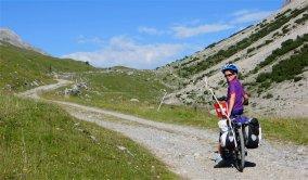 Montée vers le 1er collet du col Alpisella