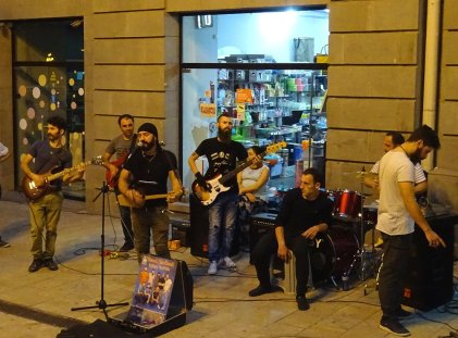 EXCELLENT concert de rue !
