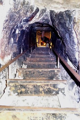 """Les chapelles souterraines et leurs échelles """"vertigineuses"""" !"""