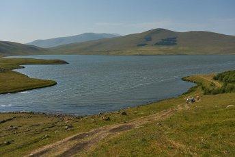 Bivouac sur les berges du lac Saghamo