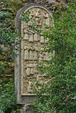Les stèles que l'on trouve un peu partout