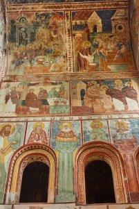 Les fresques très anciennes du monstère de Gelati