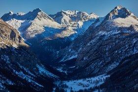 La Vallée Etroite, avec en bas le refuge I Re Magi