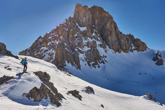 Au pied de la face Nord du Beal Traversier (2912 m)