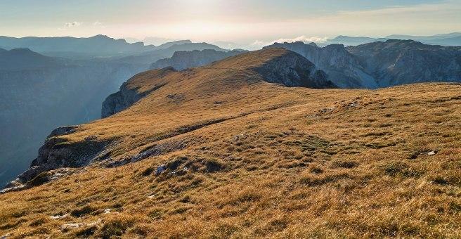 """La """"prairie"""" du plateau sommital du Mont-Aiguille."""